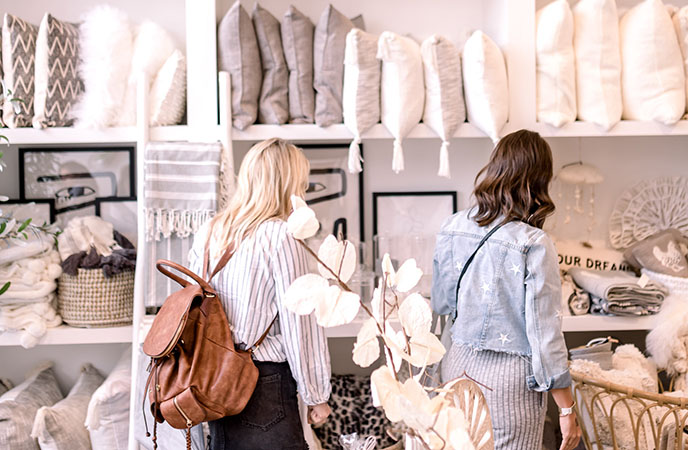 RETAIL REVIVAL by Living with Landyn